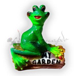 Форма из силикона для изготовления садовой фигуры лягушка на бревне