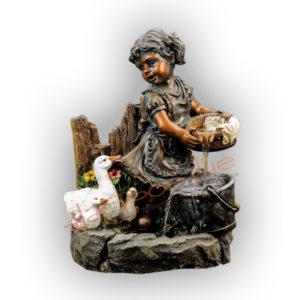 Форма силиконовая для изготовления декоративного фонтана девочка с утками