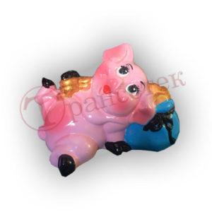 Форма силиконовая для изготовления копилки свинка лежит на мешке монет